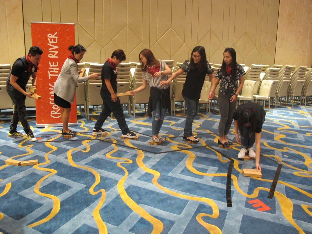 team building; group games (2)